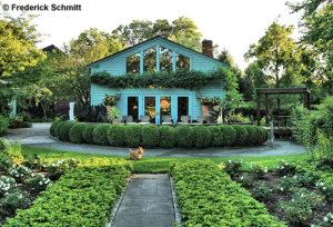 Stop & peek at Mountsier-Hardie Garden