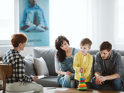 How Family Therapy Addresses Challenges by Addressing the Larger System